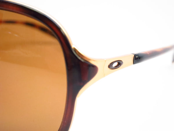 Oakley Kickback OO4102-02 Satin Gold / Tortoise Polarized Sunglasses - Eye Heart Shades - Oakley - Sunglasses - 3