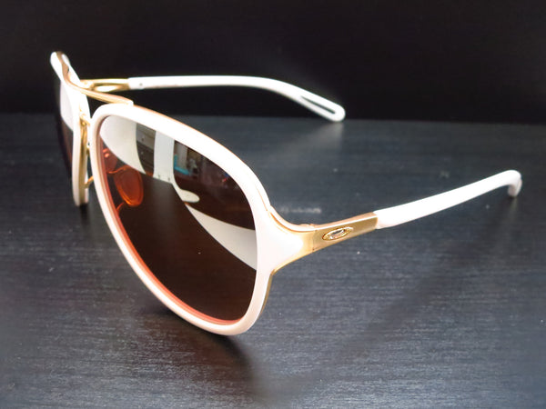 Oakley Kickback OO4102-06 Satin Polished Gold / White Sunglasses - Eye Heart Shades - Oakley - Sunglasses - 1