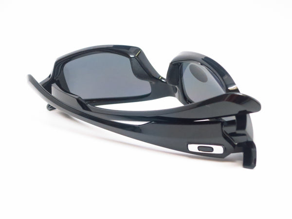Oakley OO9238-06 Fives Squared Polished Black Polarized Sunglasses - Eye Heart Shades - 11