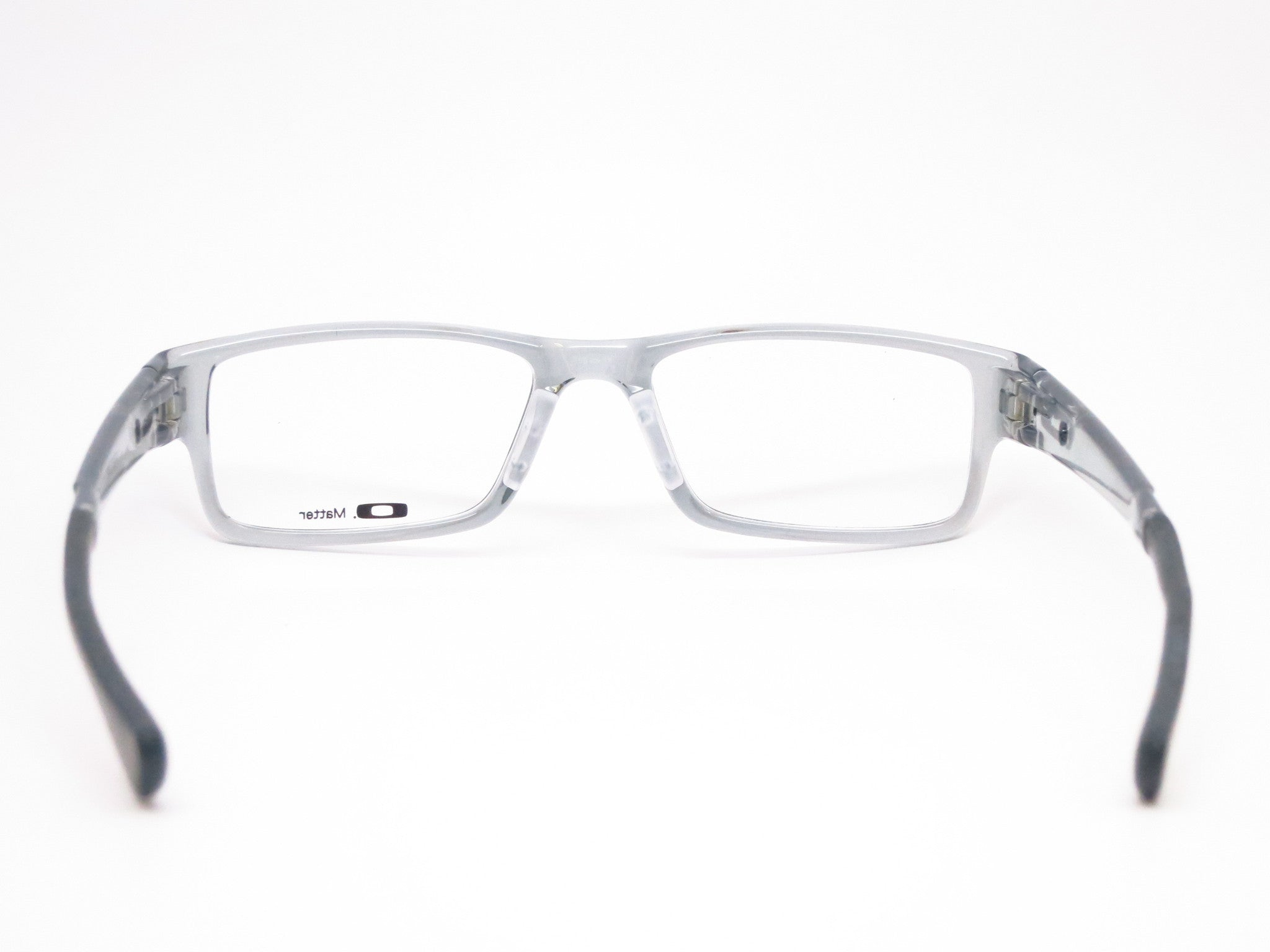 are oakley products made in china