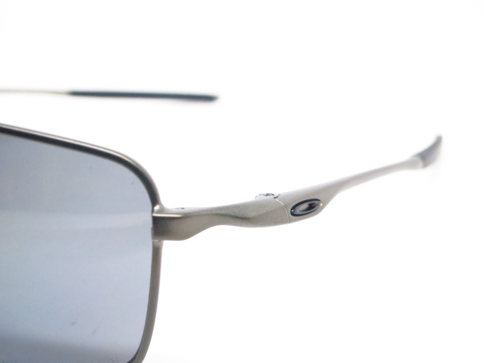 Oakley Square Wire OO4075-04 Carbon Polarized Sunglasses - Eye Heart ...