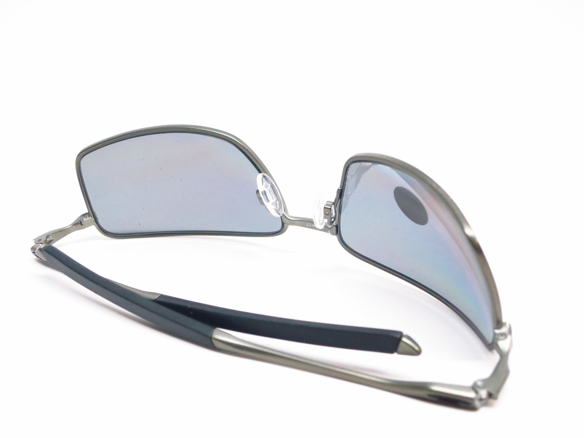 9ca8e9ad46 ... Oakley Square Wire OO4075-04 Carbon Polarized Sunglasses - Eye Heart  Shades - Oakley -