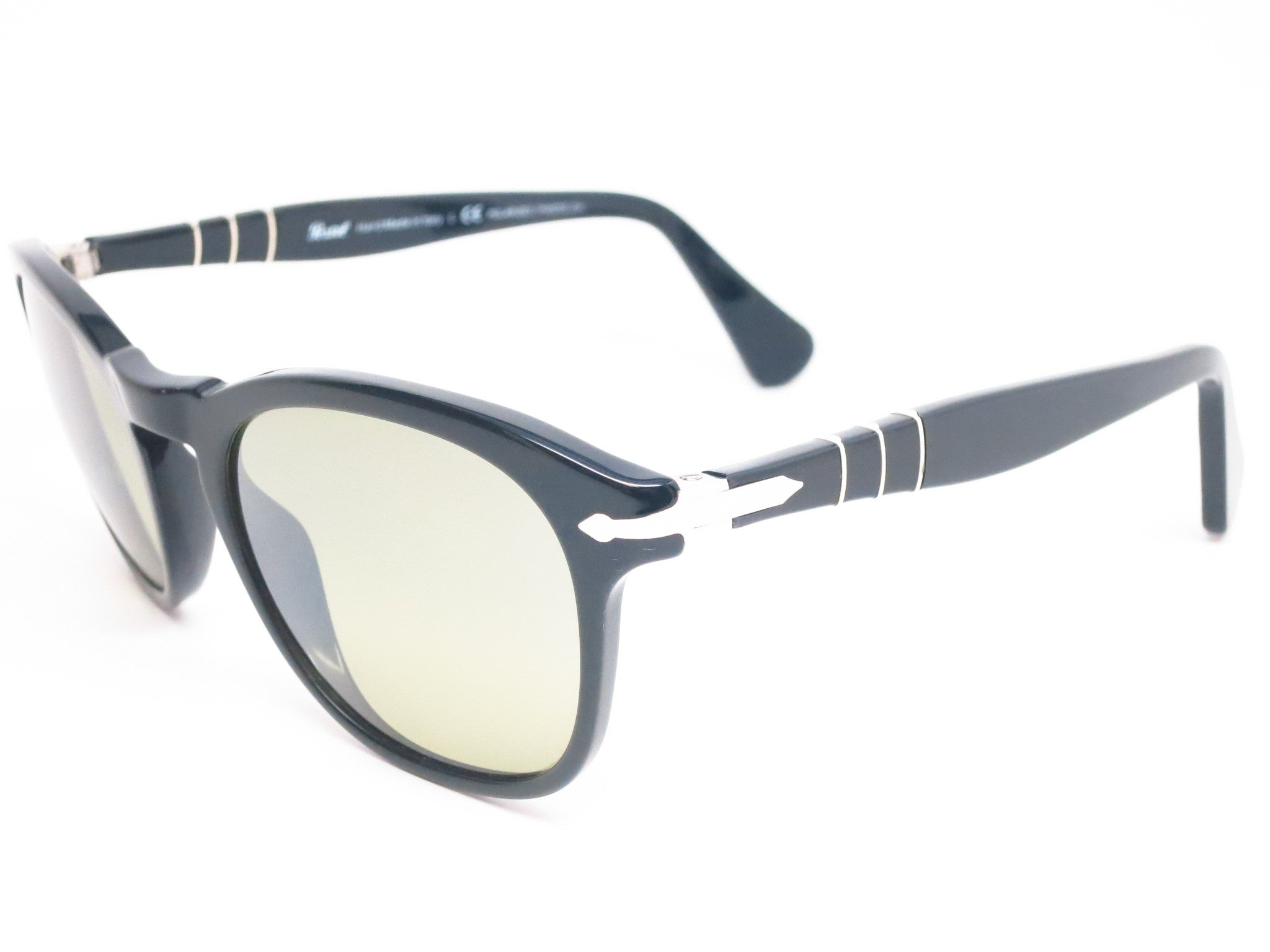 Persol PO 3056-S 95/83 Black Polarized / Photochromatic Sunglasses ...