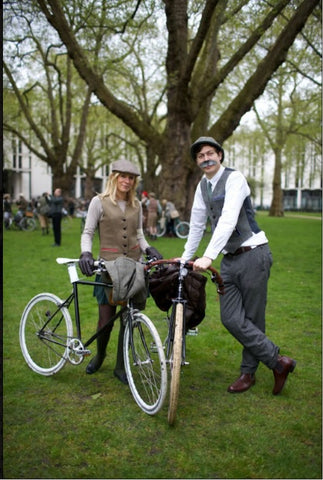 "THE TWEED RUN ""Tally Ho!"""