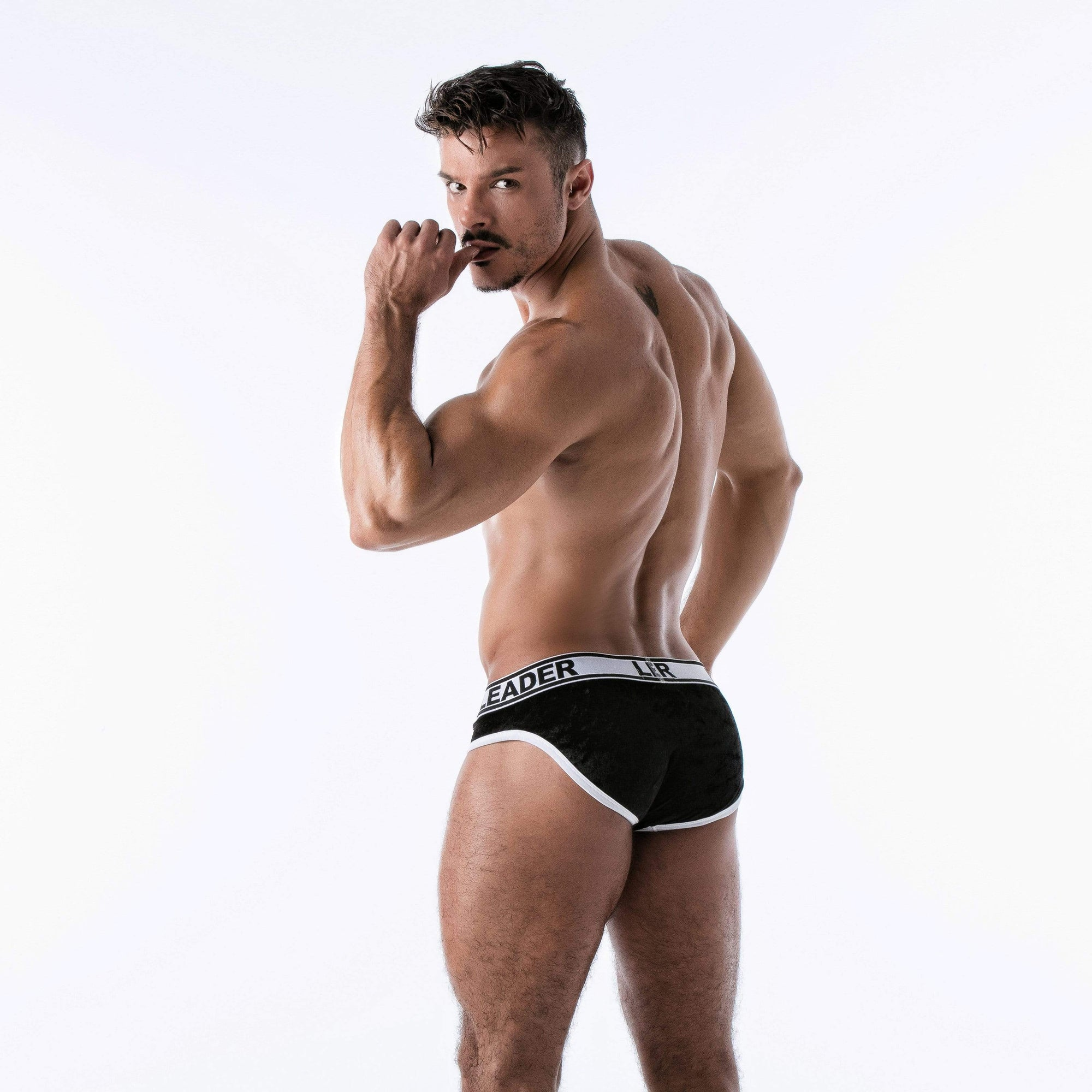 Leader Black Instincts Brief
