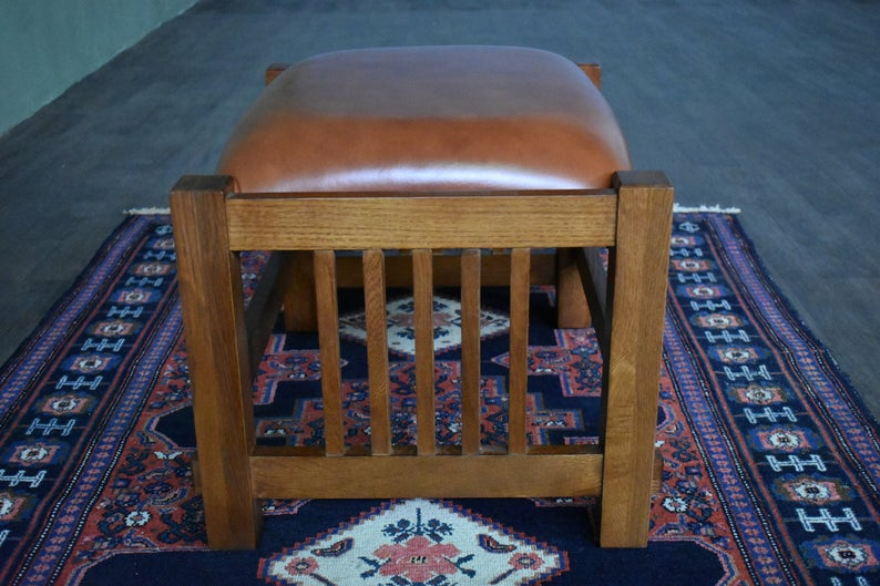 Mission Spindle Stool - Quarter Sawn Oak & Leather - Russet Brown Leather (RB-2)