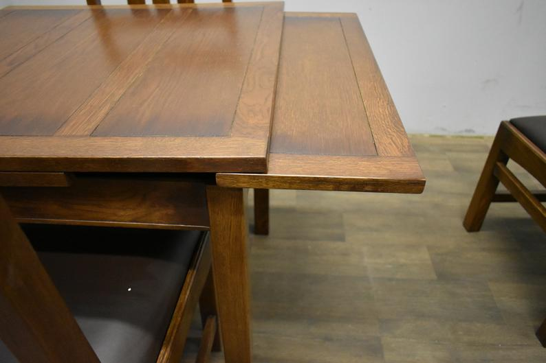 Mission Oak Kitchen Table with two leaves and 4 Oak Dining Chairs