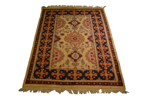rug2084 4.3 x 6 Pakistani Rug - Crafters & Weavers - 1