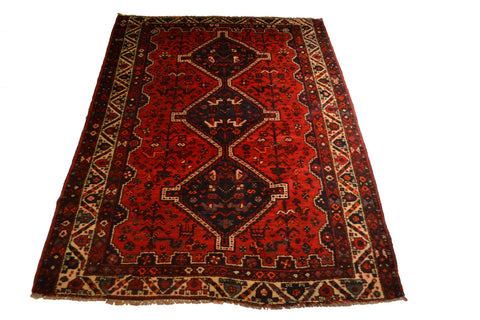 rugK92 5.4 x 7.4 Persian Shiraz Rug - Crafters & Weavers - 1