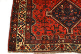 rugK92 5.4 x 7.4 Persian Shiraz Rug - Crafters & Weavers - 3