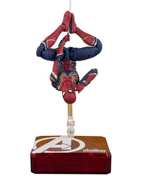 S.H. Figuarts Avengers: Infinity War Iron Spider & Tamashii Stage