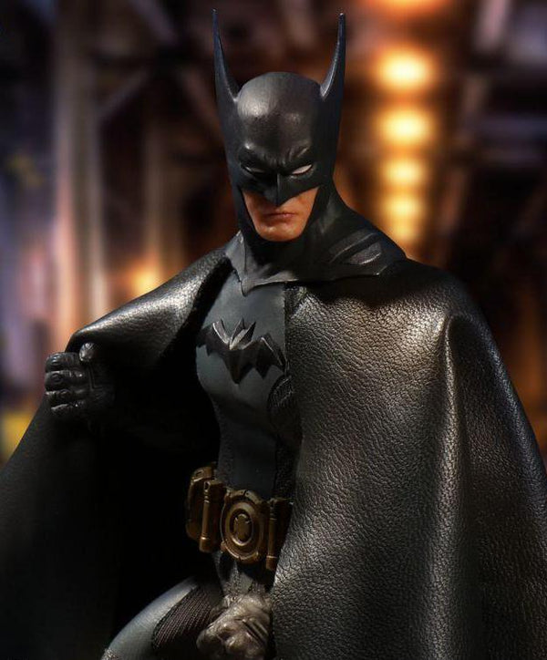One:12 Collective Batman: Ascending Knight [GREY]