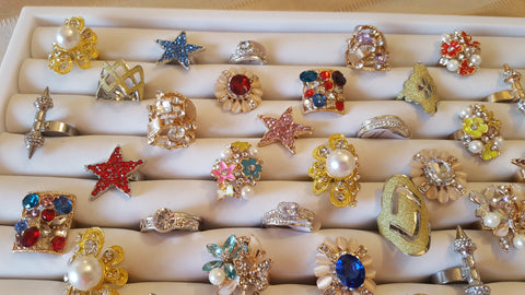 Wholesale Bulk Fashion Jewelry Rings, CZ, Crystal, Pearls, Flower, Hipster, Vintage