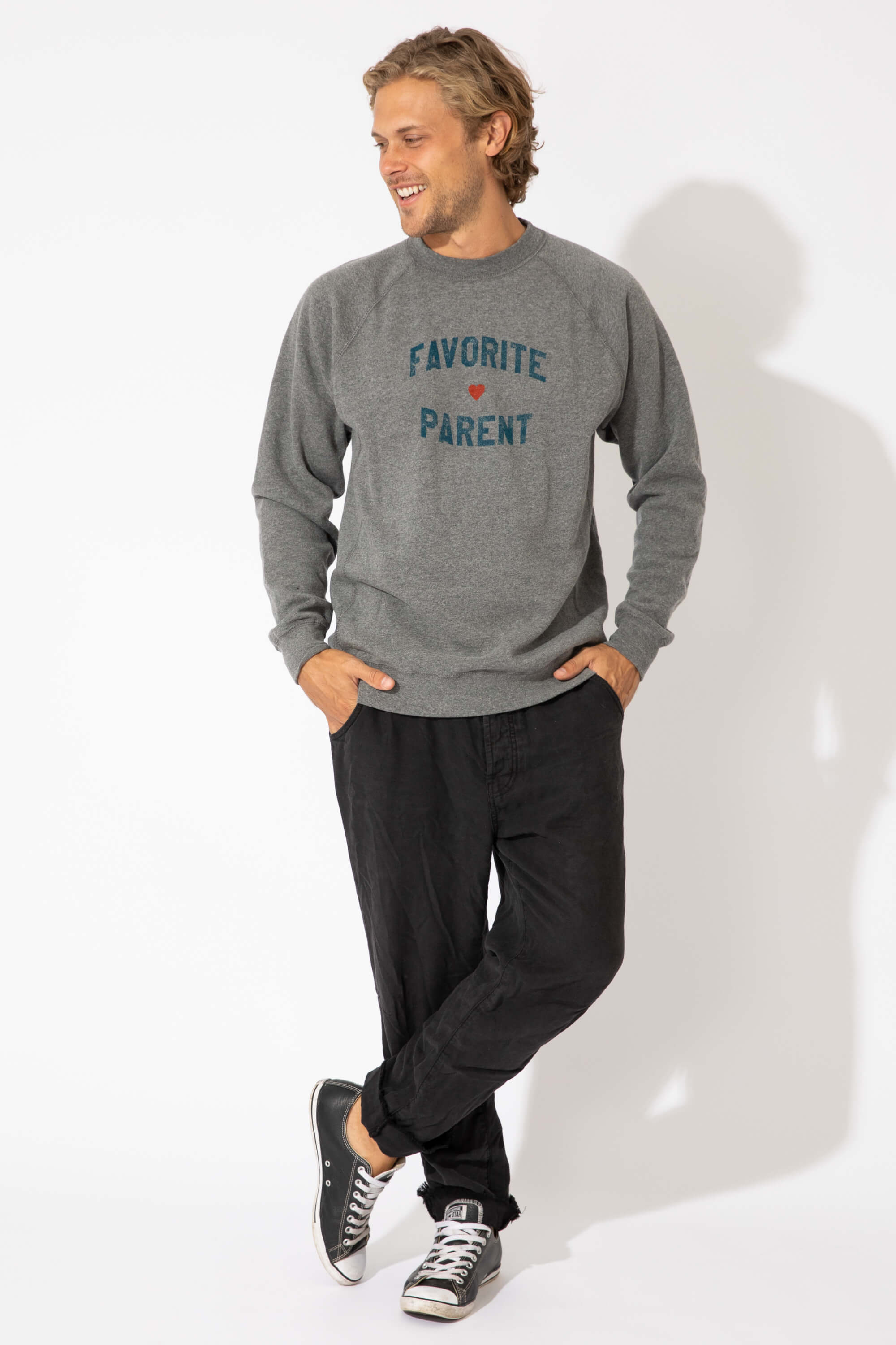 FAVORITE PARENT UNISEX LOOSE CREW SWEATSHIRT