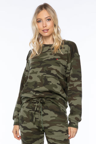 HEART EMB CAMO WILLOW SWEATSHIRT