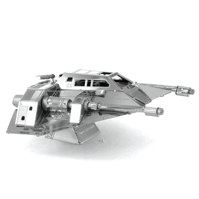 Side view of the metal model.