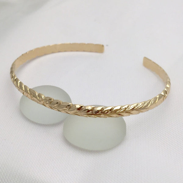14K Gold Hawaiian Traditional Maile Design Open Bangle (4mm Barrel) - Aolani Hawaii - 2