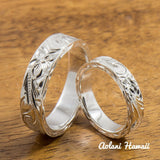 Silver Wedding Ring Set of Traditional Hawaiian Hand Engraved Sterling Silver Flat Rings (4mm & 6mm width) - Aolani Hawaii - 1