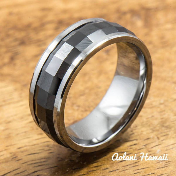 Tungsten Carbide Ring with polished Black Spinning Ceramic Inlay (8mm width, Barrel style) - Aolani Hawaii
