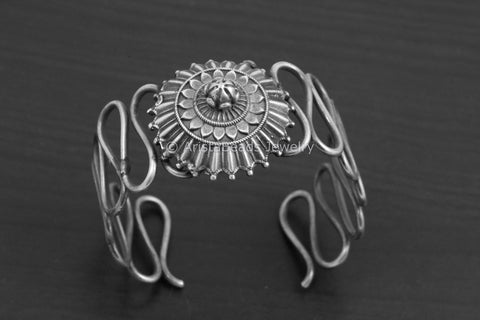 Flexible Silver Look Alike Bangle (Adjustable)