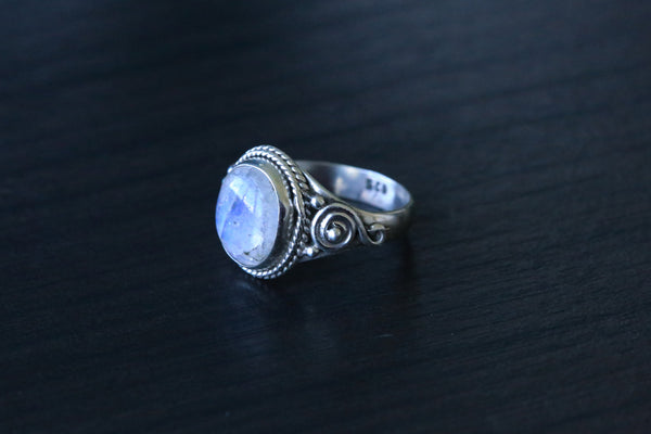 Rainbow Moonstone 925 Silver Ring - AristaBeads Jewelry - 4