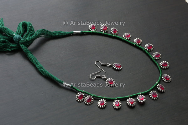 Delicate Stone Necklace Set - Green Thread