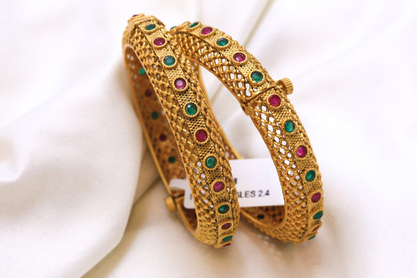 Antique Gram Gold Emerald Ruby Polki Bangle - AristaBeads Jewelry - 2