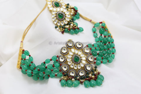 Contemporary Victorian Kundan Choker Set - Green