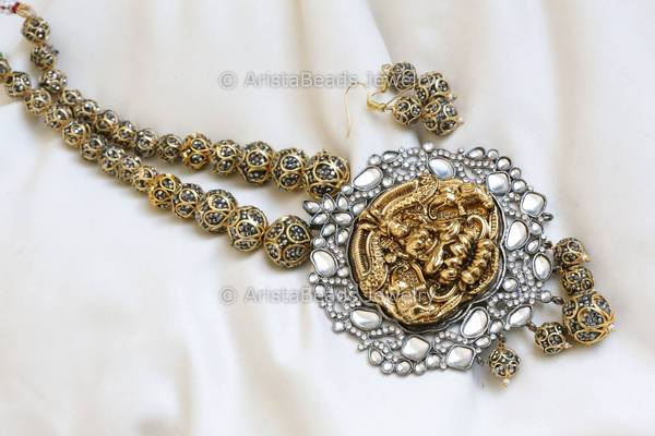 Contemporary Jadau Kundan Lakshmi Necklace