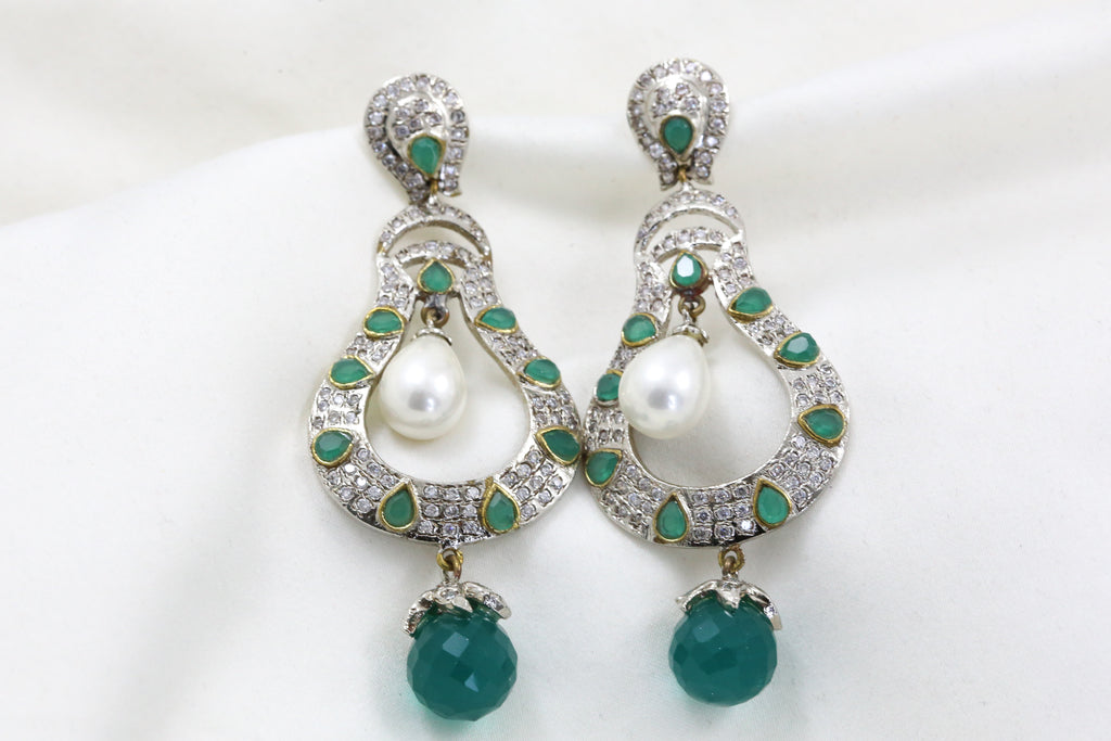 Victorian Dual Tone Green Earrings