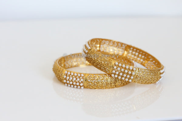 Antique Pearl Bangle Set