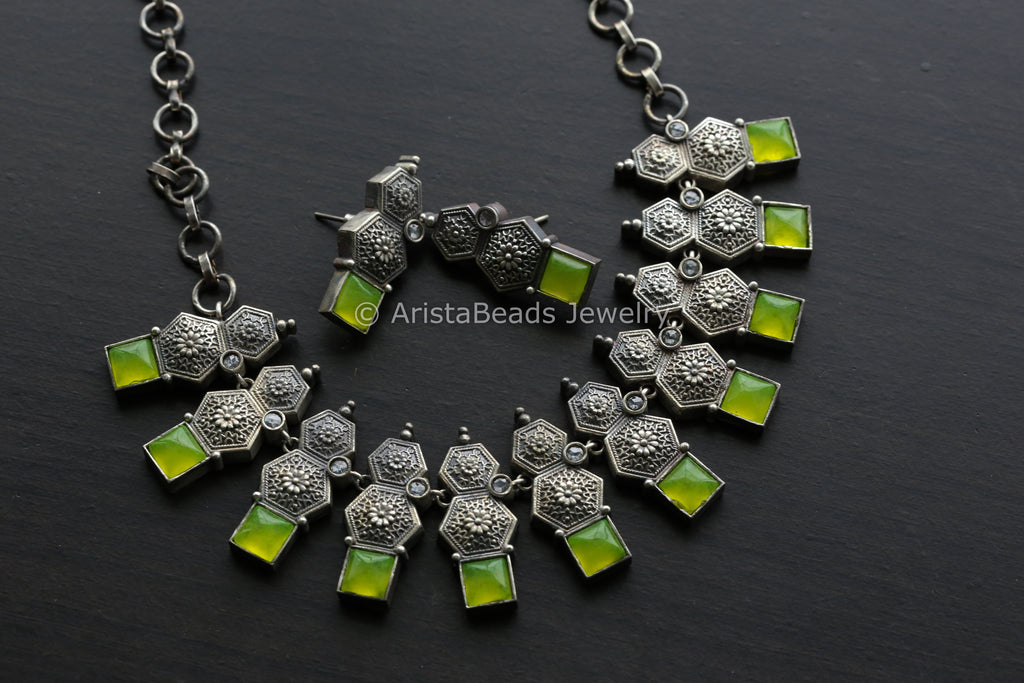 Neon Green Quartz Necklace Set