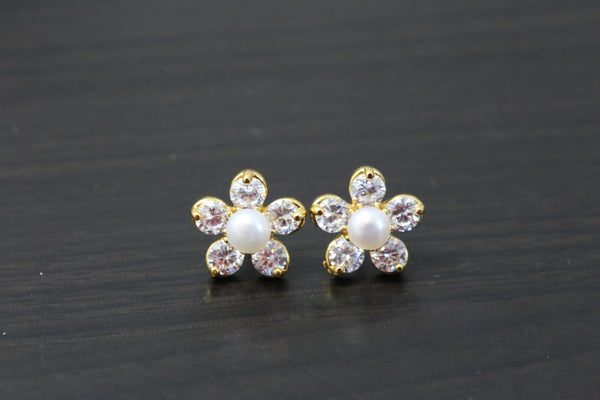 Small Studs With Real Pearls