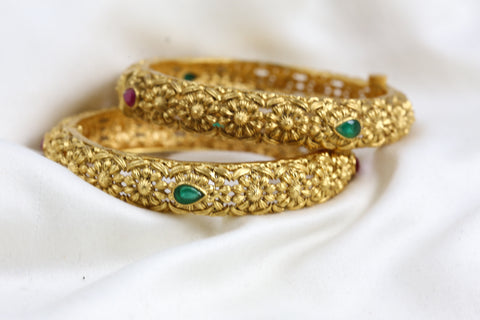 Antique Gold Bangle Set  (Set of 2)