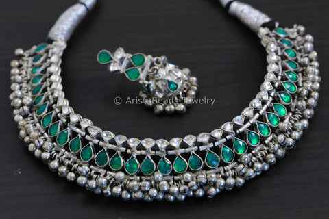 Silver Look Alike Emerald Kundan Set