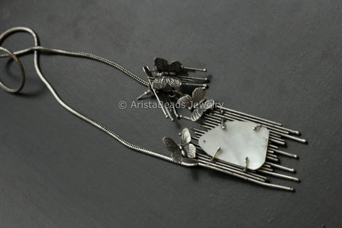 Contemporary Oxidized Necklace Set - Mother of Pearl