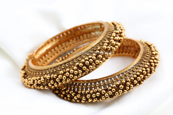 Antique Gold Ghungroo Bangle (Openable)