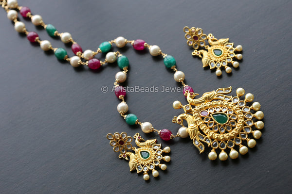 Uncut Polki Pendant Set in Beaded  Chain