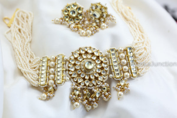 Clear Kundan Choker Necklace Set