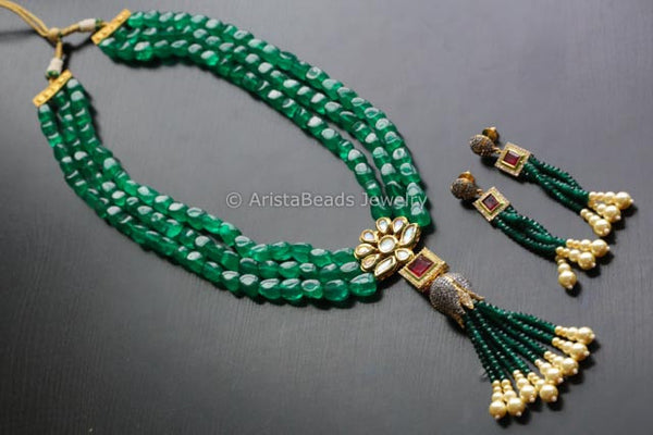 Contemporary Layered Emerald Kundan Necklace