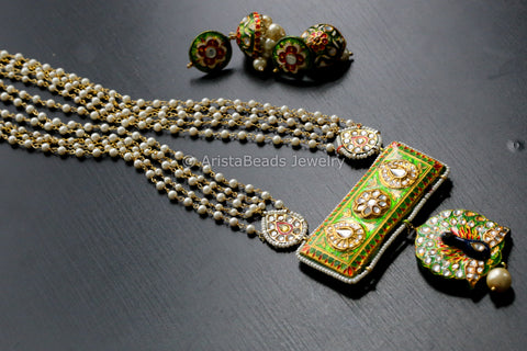 Green Jadau Kundan Necklace