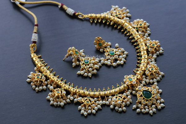 Traditional Guttapusalu Emerald Pearl Necklace