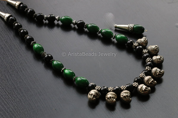 Green Black Indian Beaded Necklace