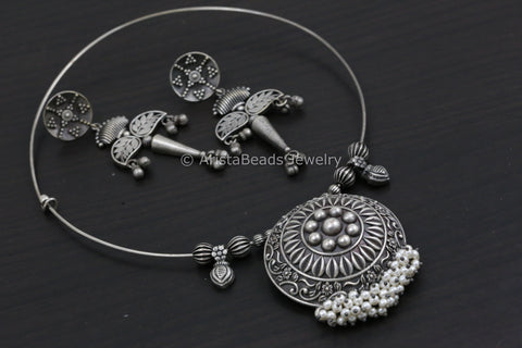 Pearl Oxidized Silver Tone Hasli Necklace Set