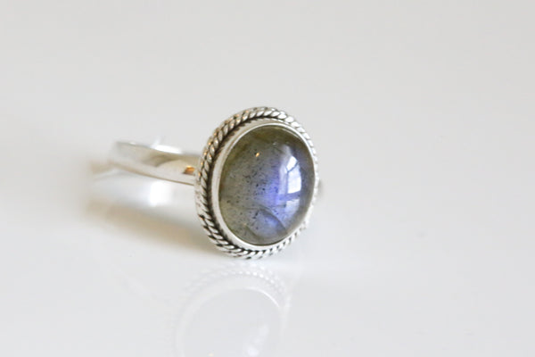 Labradorite 925 Sterling Silver Ring US6 - AristaBeads Jewelry - 2