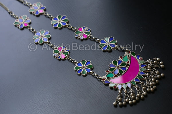 Long Haram Glass Necklace
