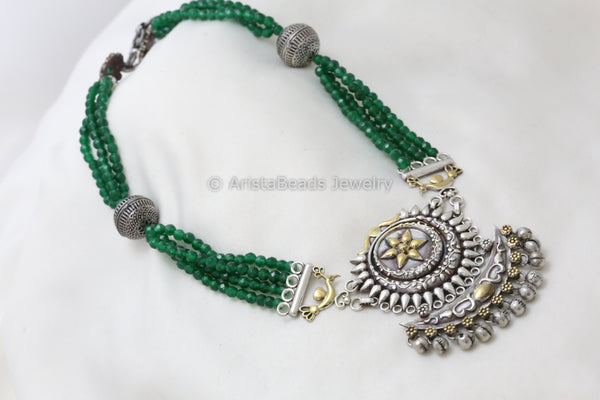 Dual Tone Green Silver Look Necklace
