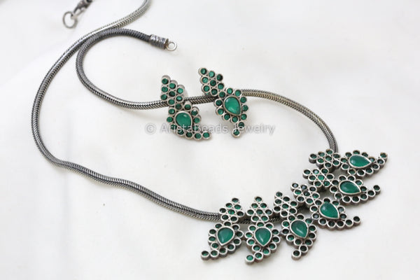 Silver Tone Emerald Stone Necklace