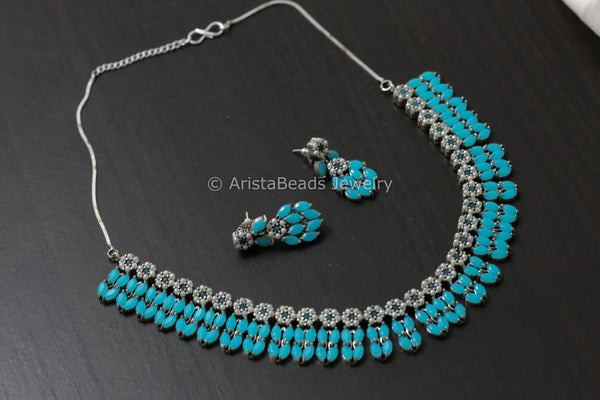 Silver Tone Turquoise Stone Necklace