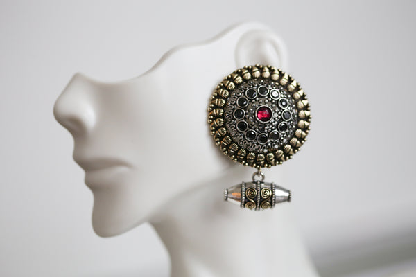 Large Stud With Bead Drops - Black & Red
